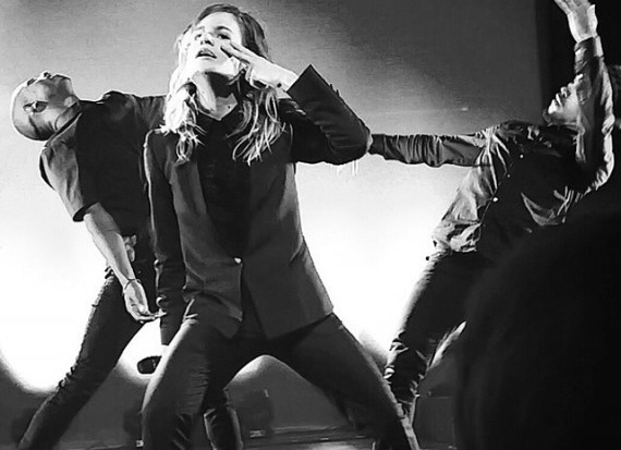 christine and the queens, dancing